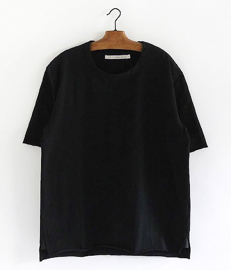 CURLY ADVANCE HS TEE [BLACK]
