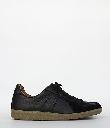 REPRODUCTION OF FOUND German Trainer / 1700L [BLACK]