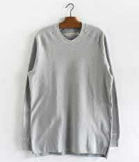 CURLY FOLKSY LS TEE [LT.GRAY]