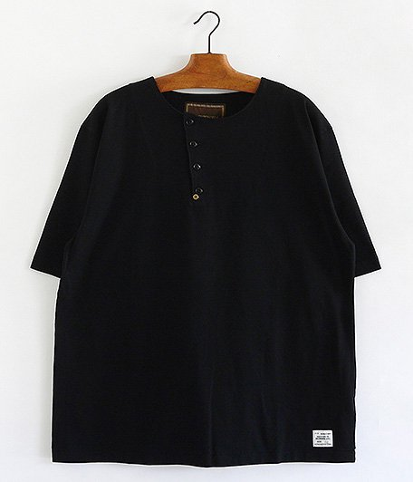 ANACHRONORM Tilted Henley Neck T-S [BLACK]