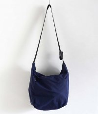 BAG'n'NOUN SHOULDER LITE M [NAVY]