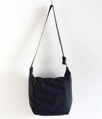 BAG'n'NOUN SHOULDER LITE M [BLACK]