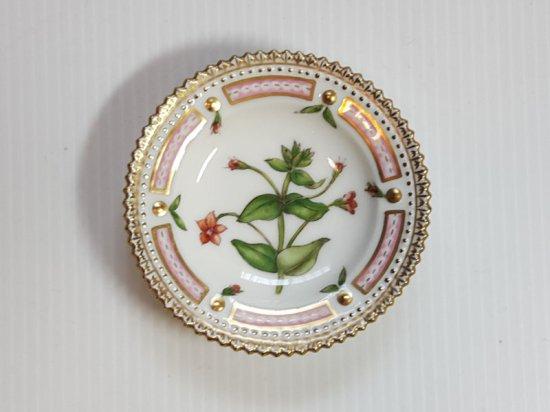 ロイヤルコペンハーゲン プレート■フローラダニカ バタープレート 小皿 1枚 植物図鑑 1級品 美品