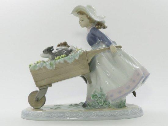 リヤドロ 置物 ■ 乗せてあげる フィギュリン 5460 犬 花  女の子 陶器人形 インテリア オブジェ 艶あり Lladro 美品