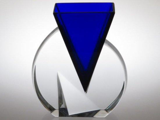 バカラ 花瓶 ● ベクトル フラワーベース ブルー 青 三角形 クリア V字 組み合わせ ベクター ヴェース 希少 少し訳あり Vector