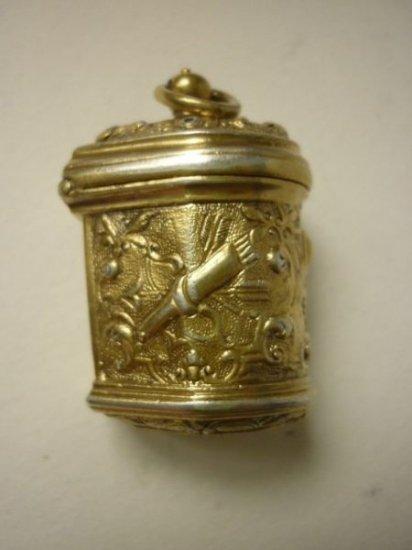 アンティーク ペンダント トップ スターリング フレンチ シルバー ギルト ゴールド チャーム 18世紀