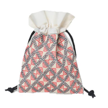 ラオス伝統柄刺繍の巾着袋(ホワイトレッドL)