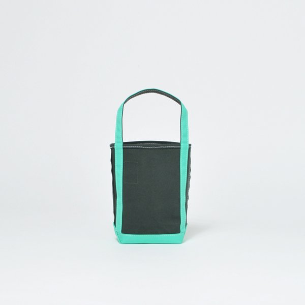 <img class='new_mark_img1' src='https://img.shop-pro.jp/img/new/icons1.gif' style='border:none;display:inline;margin:0px;padding:0px;width:auto;' />BAGUETTE TOTE MINI【basic】