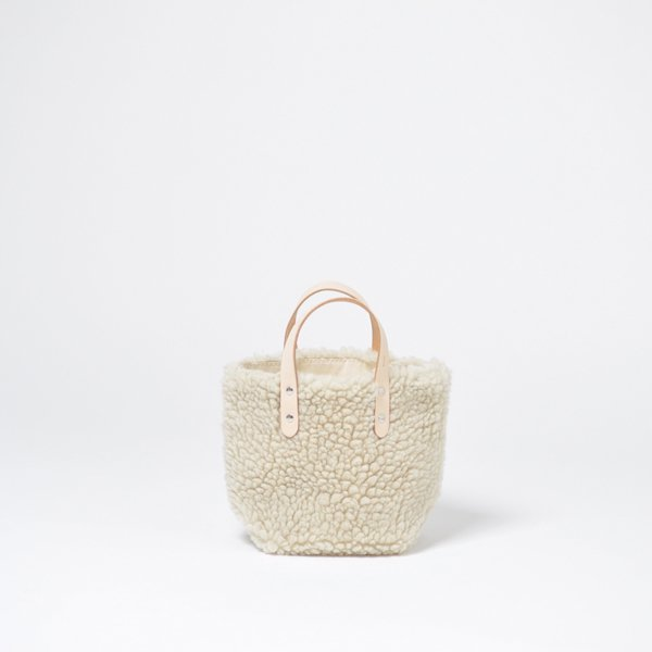 <img class='new_mark_img1' src='https://img.shop-pro.jp/img/new/icons1.gif' style='border:none;display:inline;margin:0px;padding:0px;width:auto;' />DELIVERY TOTE XS BOA【season】