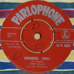 TONY DALLO AND HIS ORCHESTRA / Navarone Twist [7INCH]