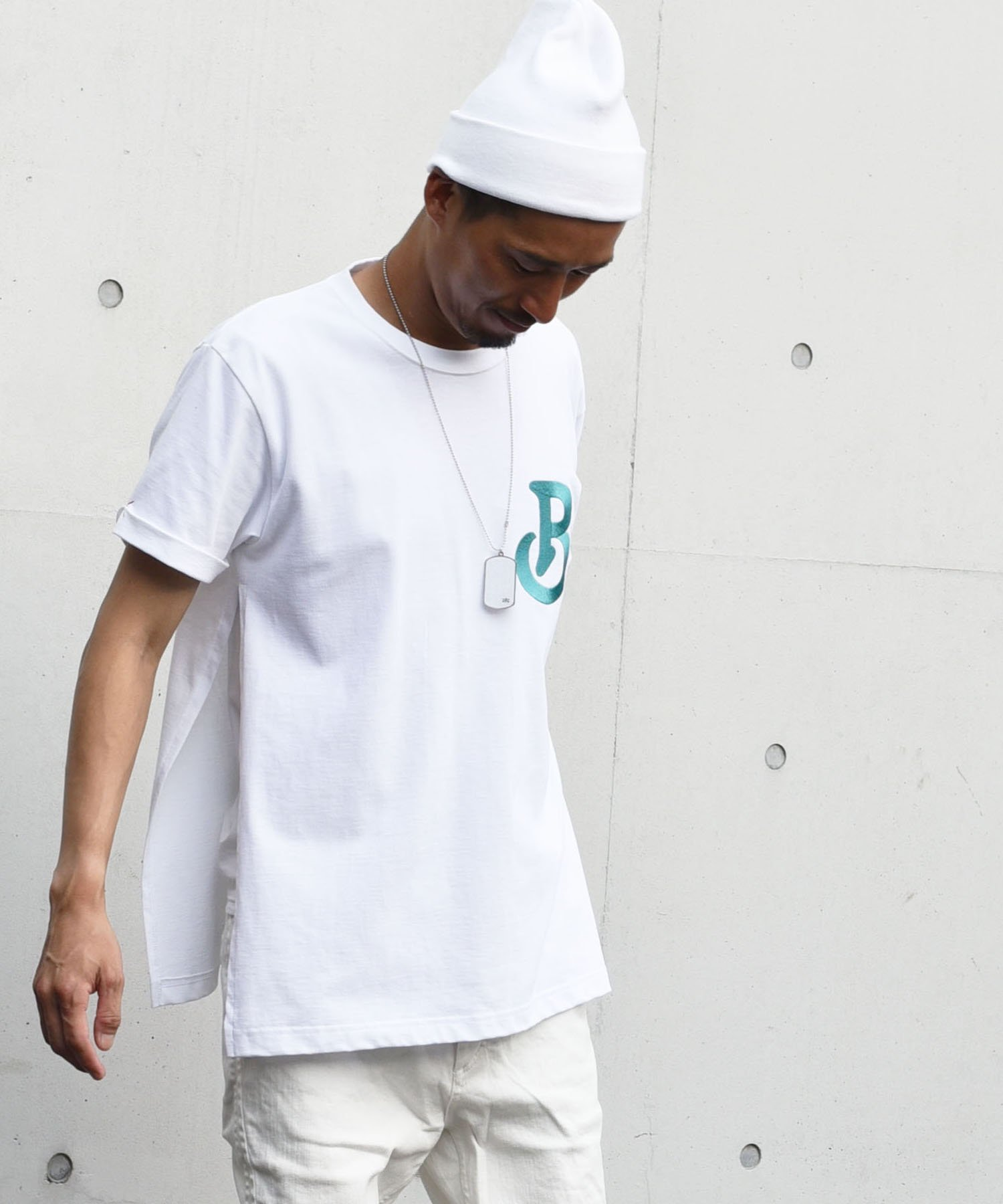 20% Burnout(バーンアウト)ANTI-HEROIC HERO T-Shirt