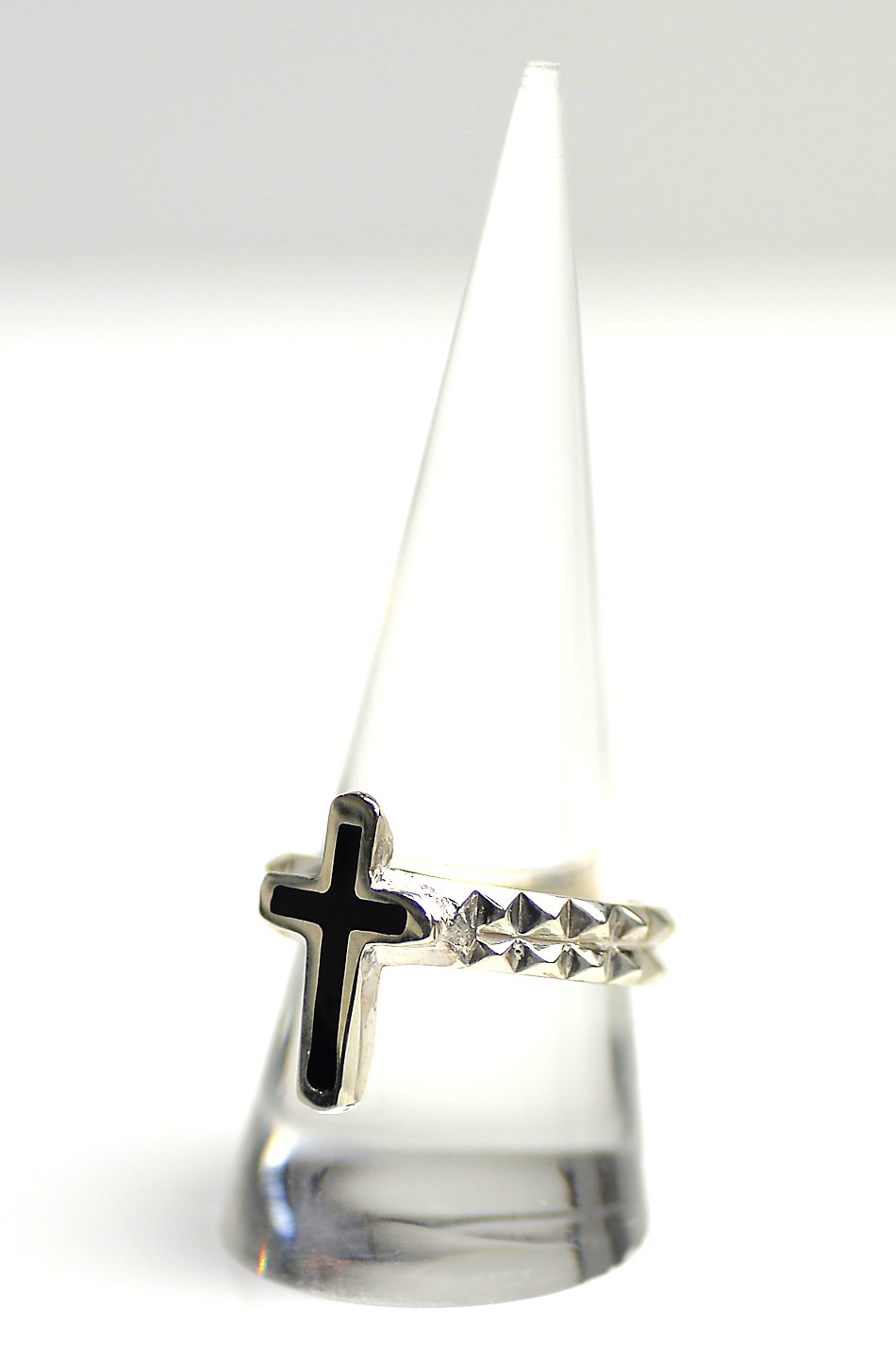 ★受注生産予約 SAHRIVAR(シャフリーヴァル)Enameled Chiceled Cross Ring (Silver925)