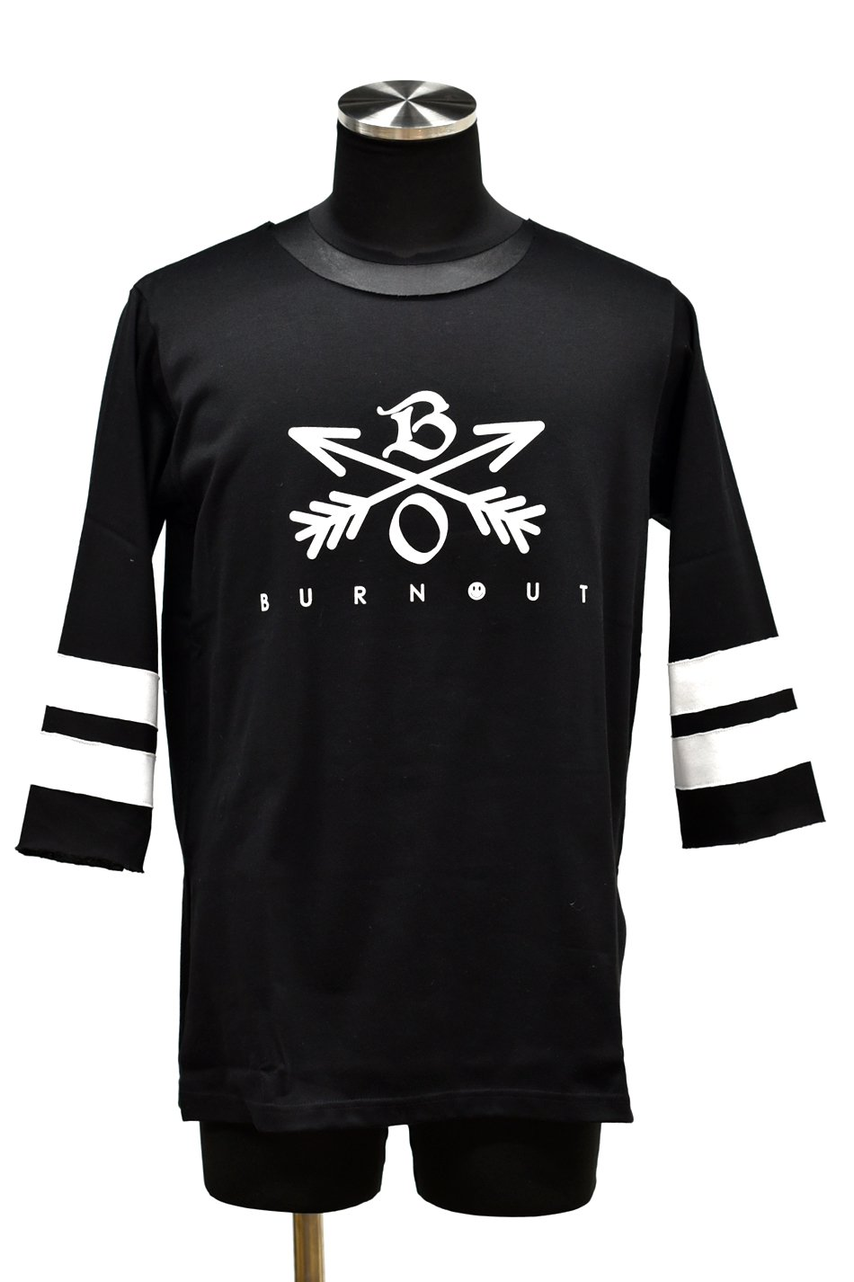 Burnout(バーンアウト)Crossed Arrows 3/4 スリーブ ヘビーウェイトTシャツ / ブラック<img class='new_mark_img2' src='//img.shop-pro.jp/img/new/icons5.gif' style='border:none;display:inline;margin:0px;padding:0px;width:auto;' />
