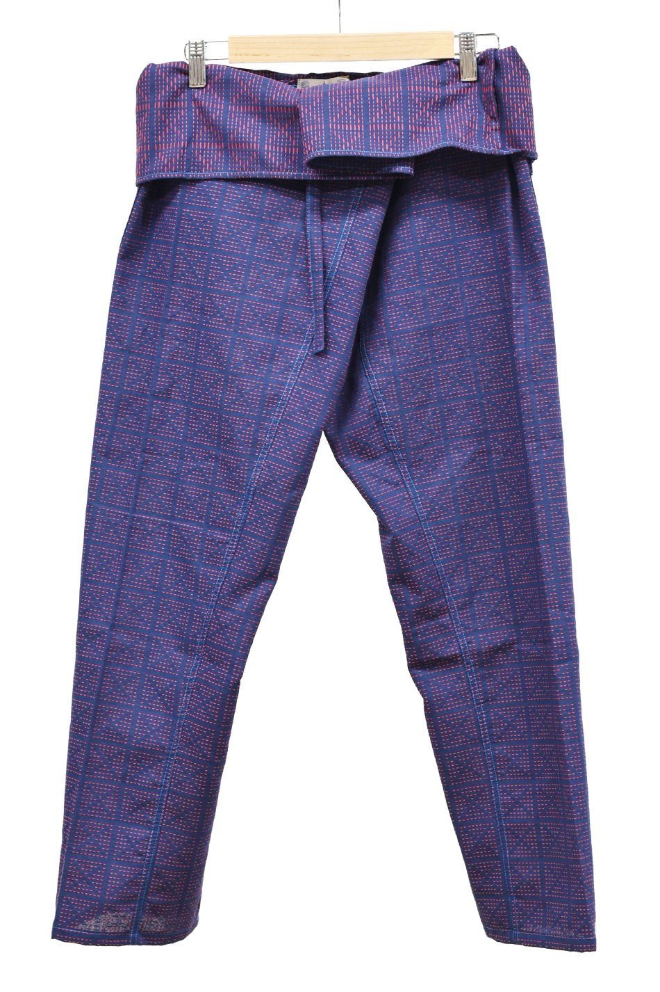 ARIGATO FAKKYU - アリガトファッキュ TAPERED THAI PANTS / NAVY RED<img class='new_mark_img2' src='https://img.shop-pro.jp/img/new/icons5.gif' style='border:none;display:inline;margin:0px;padding:0px;width:auto;' />