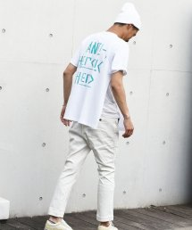 BURNOUT(バーンアウト )撥水加工 ストレッチデニム テーパードパンツ / ホワイト<img class='new_mark_img2' src='https://img.shop-pro.jp/img/new/icons5.gif' style='border:none;display:inline;margin:0px;padding:0px;width:auto;' />