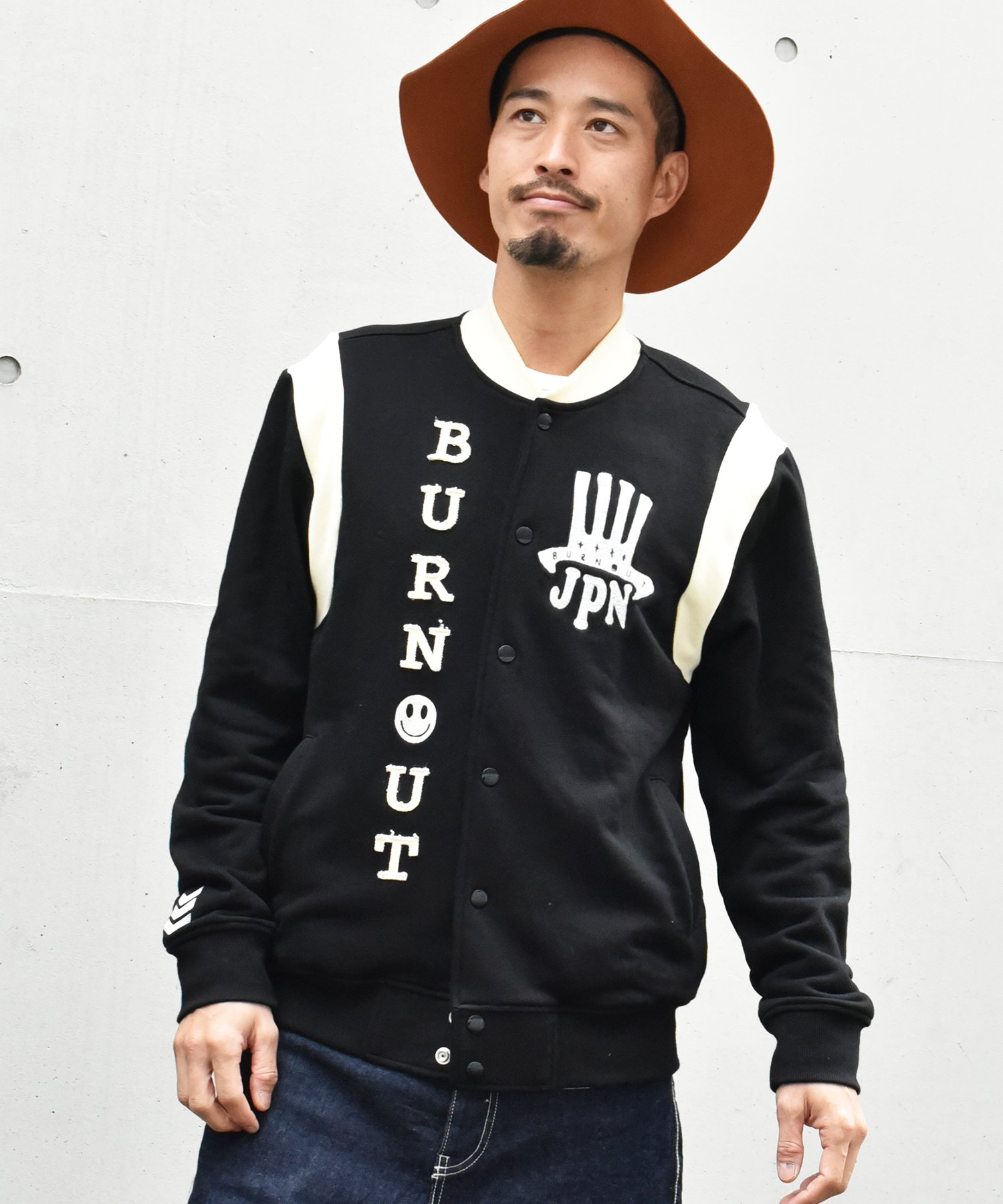 <img class='new_mark_img1' src='https://img.shop-pro.jp/img/new/icons15.gif' style='border:none;display:inline;margin:0px;padding:0px;width:auto;' />Burnout〔バーンアウト〕 『20/21 Early Spring Collection』 スウェットスタジアムジャンパー(Black)