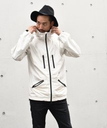 Burnout〔バーンアウト〕 『20/21 Early Spring Collection』 シェルパーカー(White)