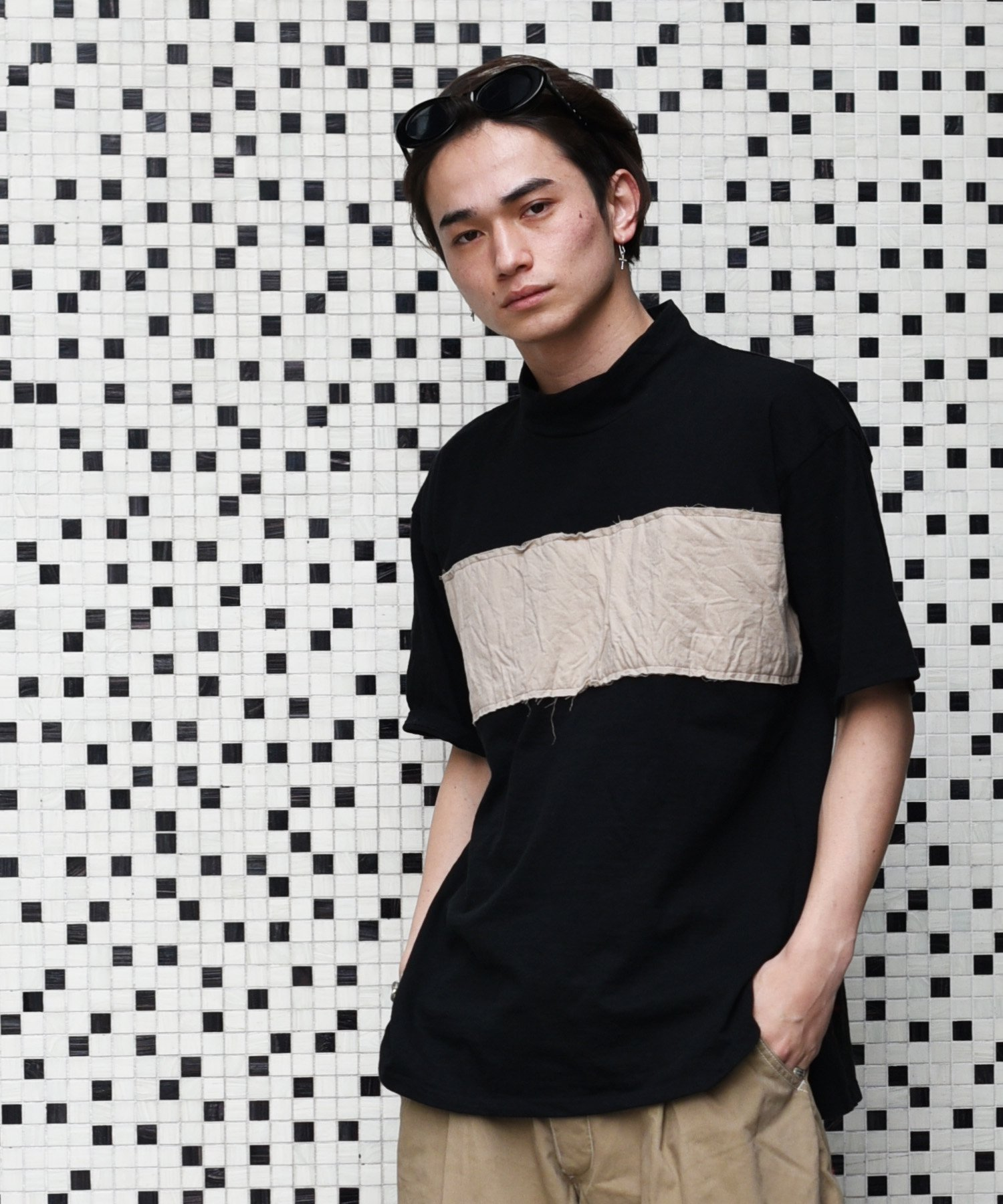 【SUMMER_CLEARANCE】Burnout〔バーンアウト〕 『21' early summer collection』 モックネックワイドTシャツ(Black/Beige)
