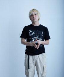 qwerty〔クワーティ〕 3D PT Hide BlackCamo T-shirt(Black)