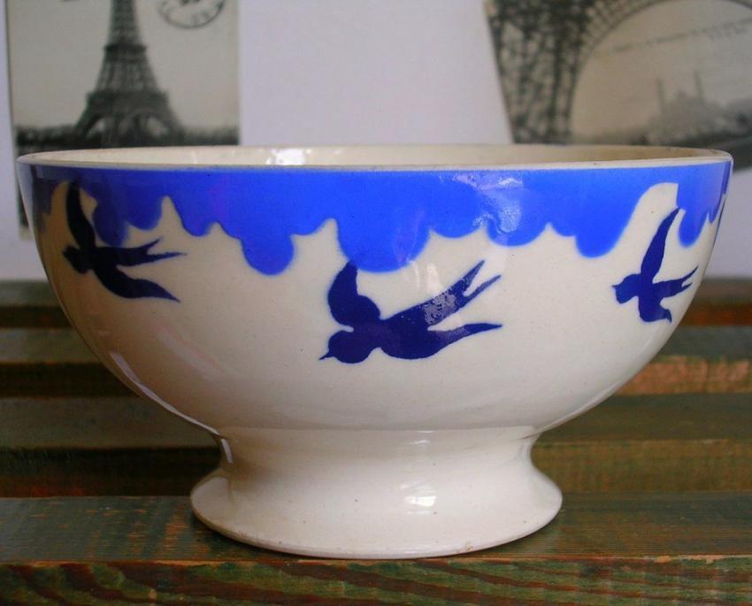 フランスアンティーク 青いツバメのカフェオレボウル