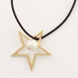 ヴィーナス necklace