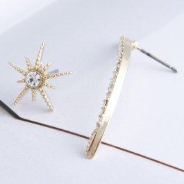 《SALE》サン&ムーンアシンメトリー pierced earrings