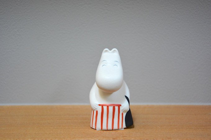 ムーミン/MOOMIN小さな陶器のフィギュア/ムーミンママ