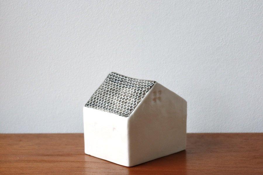 アトリエ・ペルト/Atelier Pelto花の咲く家/フラワーベース/花瓶/鱗/ブラウン