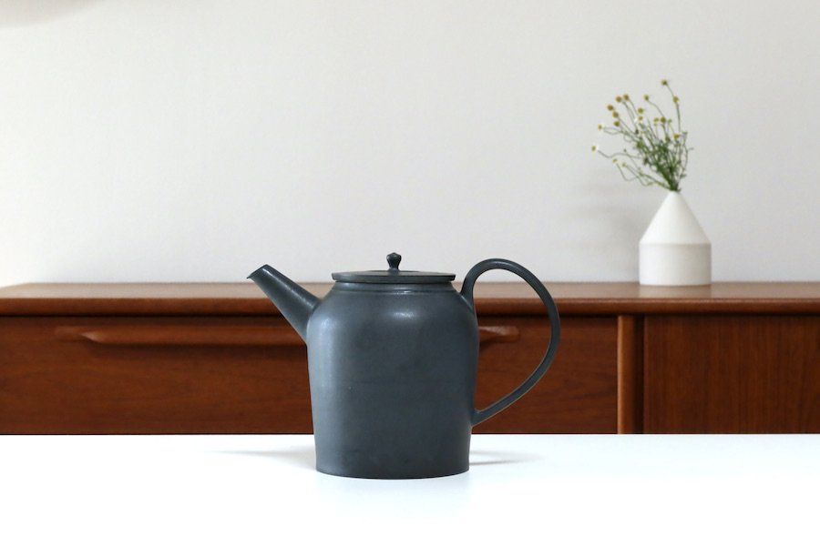Kalonji筒形ポット/黒マット01