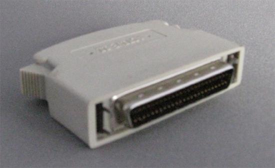 SCSI外付け用50ピンターミネータ(オス)