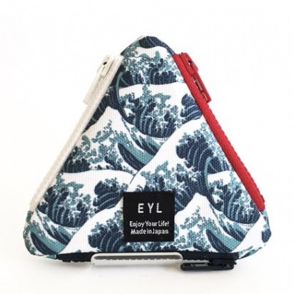 <img class='new_mark_img1' src='https://img.shop-pro.jp/img/new/icons29.gif' style='border:none;display:inline;margin:0px;padding:0px;width:auto;' />EYL triangle coin purse (Hokusai Waves)