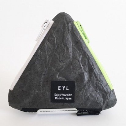 <img class='new_mark_img1' src='https://img.shop-pro.jp/img/new/icons29.gif' style='border:none;display:inline;margin:0px;padding:0px;width:auto;' />EYL triangle coin purse (tyvek black)