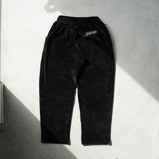 <img class='new_mark_img1' src='//img.shop-pro.jp/img/new/icons14.gif' style='border:none;display:inline;margin:0px;padding:0px;width:auto;' />FAKIE STANCE Relax Pants (black)