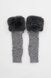 <img class='new_mark_img1' src='https://img.shop-pro.jp/img/new/icons20.gif' style='border:none;display:inline;margin:0px;padding:0px;width:auto;' />Knit Armwarmer w/Rex<br>グレー