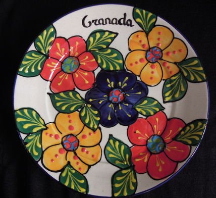 スペインらしいデザインが可愛すぎ☆Del Rio Saladoのお花皿 21.5cm