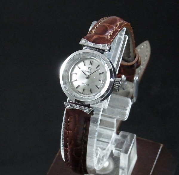 1970年 〜 1979年   【OH済】1970年 アンティーク オメガ デビル cal485 カクテル カットガラス レディース 手巻