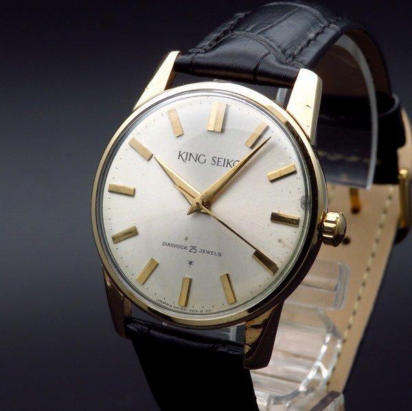 即納品  年末特別セール品・1963年 アンティーク キングセイコー ファースト 14GF 手巻き 盾メダル【OH済】