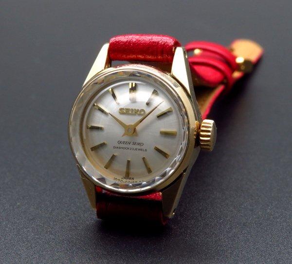 1960年 〜 1969年   1967年 アンティーク クィーン セイコー CAL1020C カクテル 金張り 手巻 レディース【OH済】
