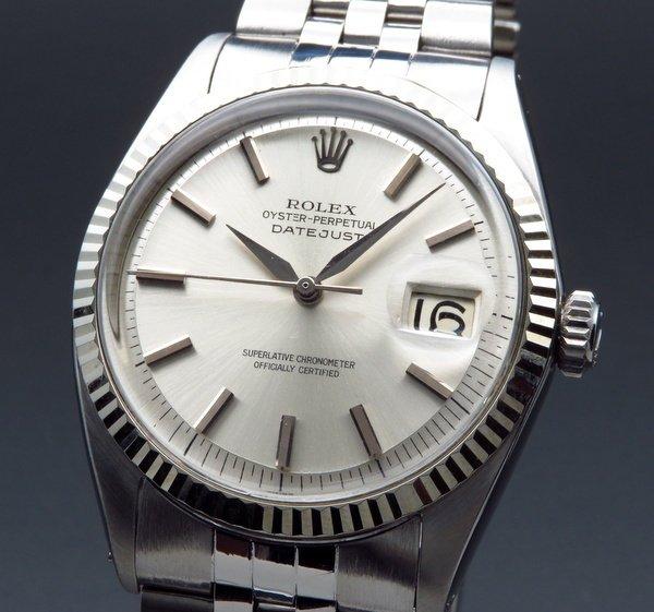 ロレックス - Antique Rolex -   売り切れ 希少 1963年 アンティーク ロレックス デイトジャスト 1601 WGベゼル CAL1560 出べそバックル アルファ針【OH済