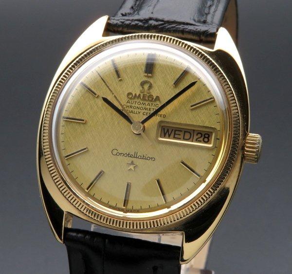 オメガ - Antique Omega -   1970年オメガ アンティーク コンステレーション Cライン デイデイト cal751 YGコイン 絹目 クロノメーター ゴールドキャップ【OH済】