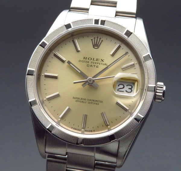 ロレックス - Antique Rolex -   完売 保証書  1991年 ロレックス オイスター パーペチュアルデイト ref15210 N番 エンジンターンド【中古 新品仕上】【OH済】