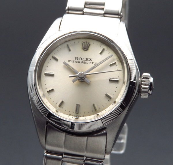 ロレックス - Antique Rolex -   1967年 アンティーク ロレックス オイスター パーペチュアル 6623 リベット 出べそ王冠 レディース エンジンターンド【OH済】 希少