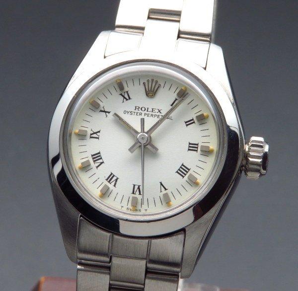 ロレックス - Antique Rolex -   完売 1977年 アンティーク ロレックス オイスターパーペチュアル Ref.6718 ローマ レディース【OH済】