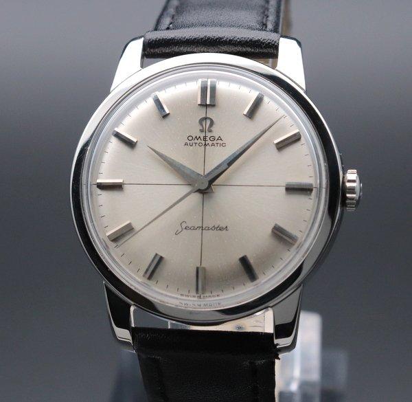 即納品   1962年 アンティーク オメガ シーマスター [日付] CAL562 クロスライン ヴィンテージ【OH済】
