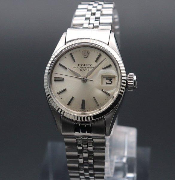 ロレックス - Antique Rolex -   売り切れ 1964年 アンティーク ロレックス オイスター パーペチュアル デイト WGベゼル 6517 アルファ針 出べそ レディース【OH済】