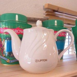 ポット(陶器) 白