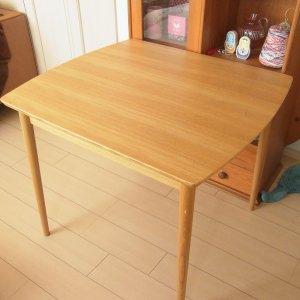 momo natural テーブル 定価¥32,000