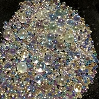 シャボン玉カラーのガラス玉