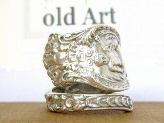 アンティーク1894年代エンジェル天使花繊細彫刻シルバー製スプーンリング指輪17号【M-10658】