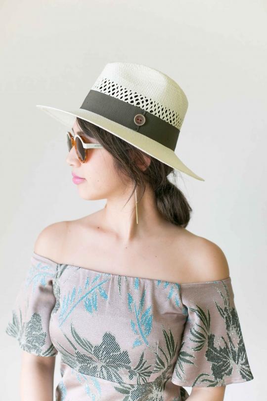 CATARZI White ribbon Hat